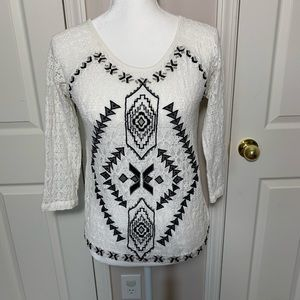 Free People Aztec white & black top size small